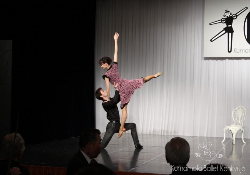 OG上山千奈さん、OB春野雅彦さん(いずれも東京シティバレエ団)によるリベルタンゴ